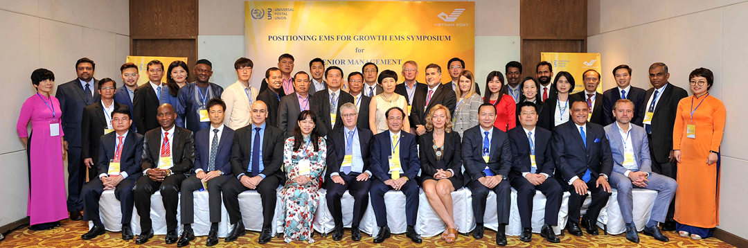Participants at the EMS Asia Pacific symposium (2018)